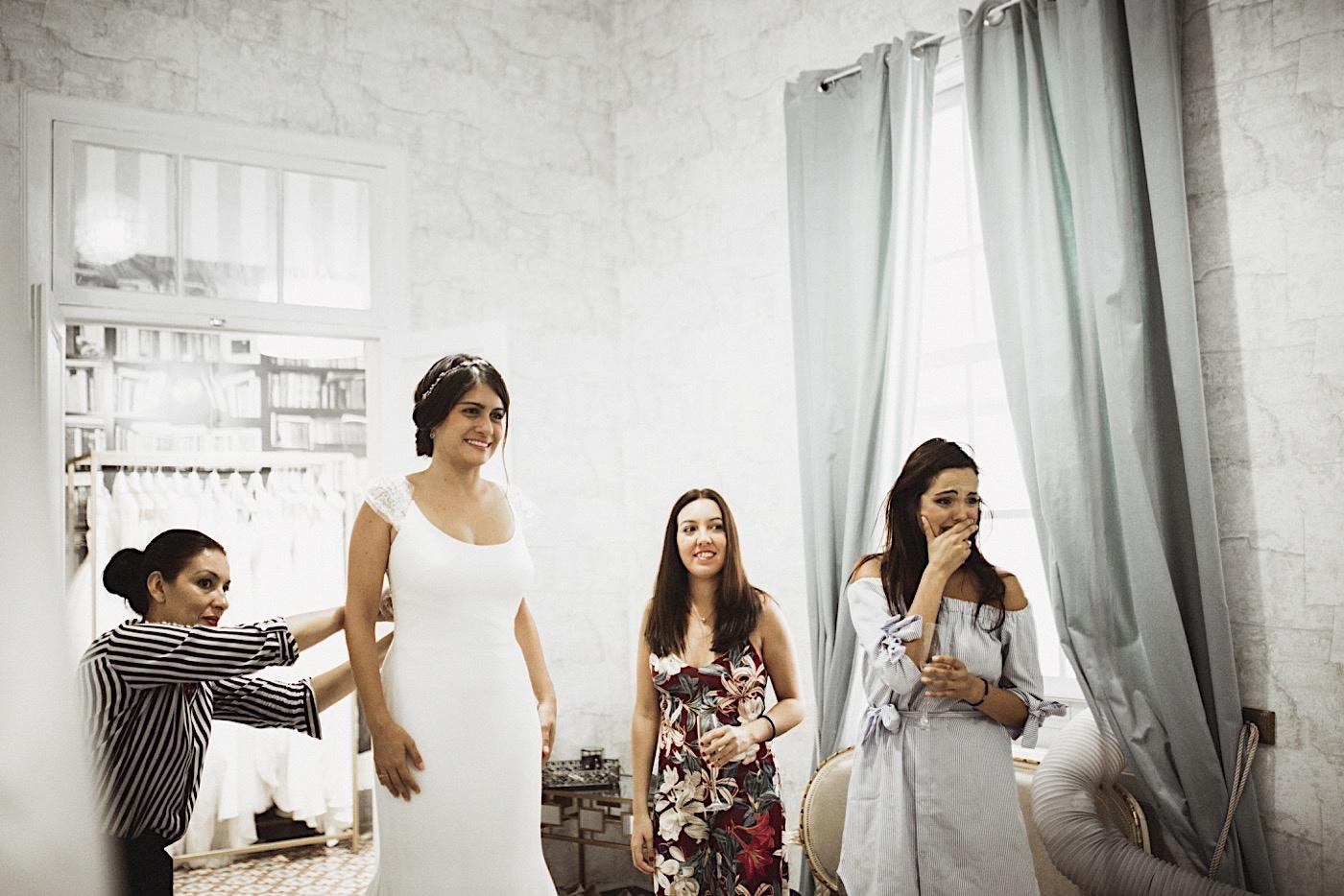 prueba del vestido de novia en blumynt
